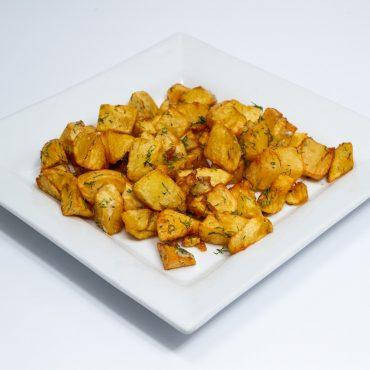 Cartofi cuburi cu mărar și usturoi